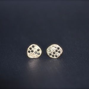Anat perez Jewelry - 14K yellow gold small earrings with Black Diamonds